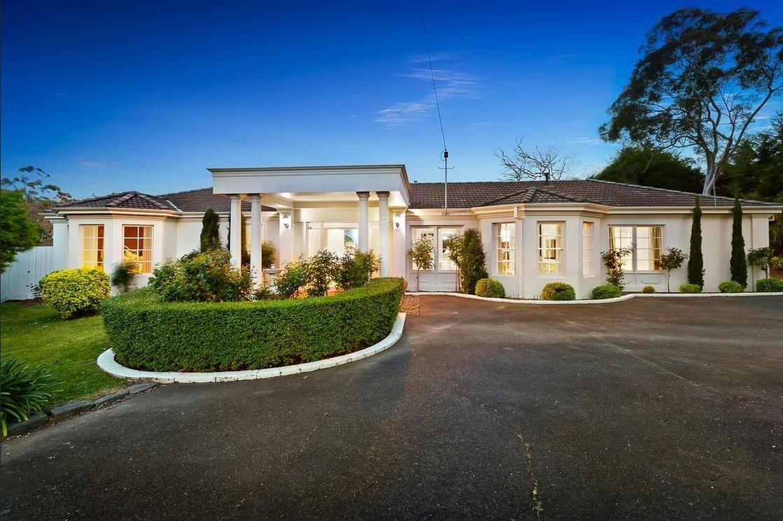 10 MacKeith Court, Mount Eliza VIC 3930, Image 0
