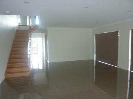52 McGarry Street, Eight Mile Plains QLD 4113, Image 2