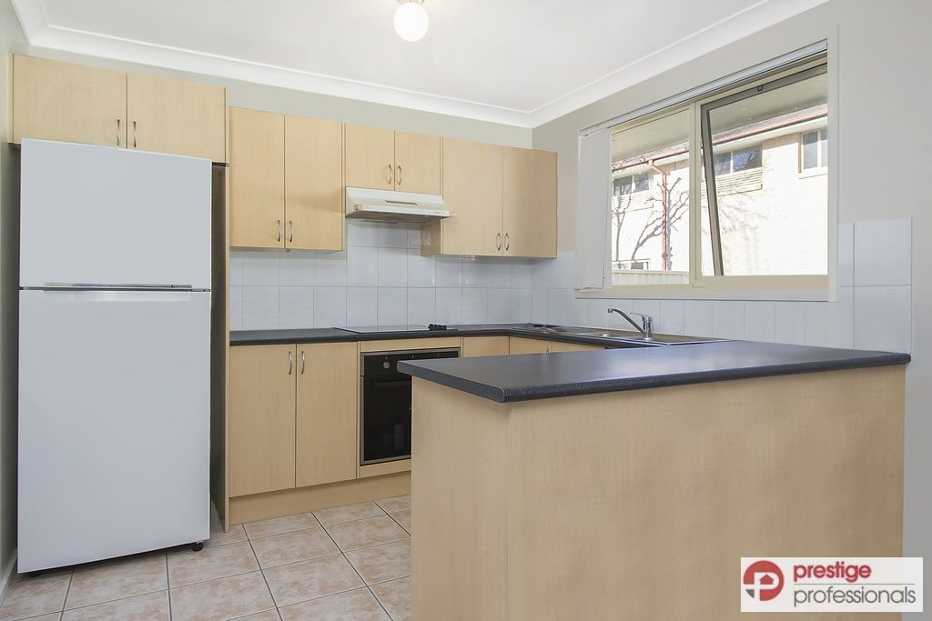 4/136-138 Heathcote Road, Hammondville NSW 2170, Image 2