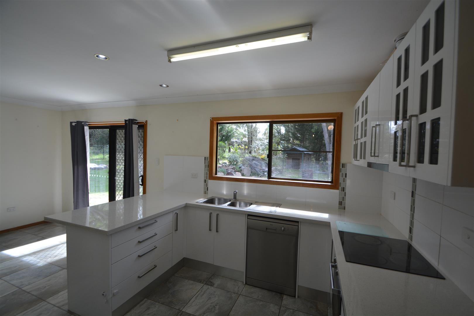 45 Tyrel Street, Stanthorpe QLD 4380, Image 2