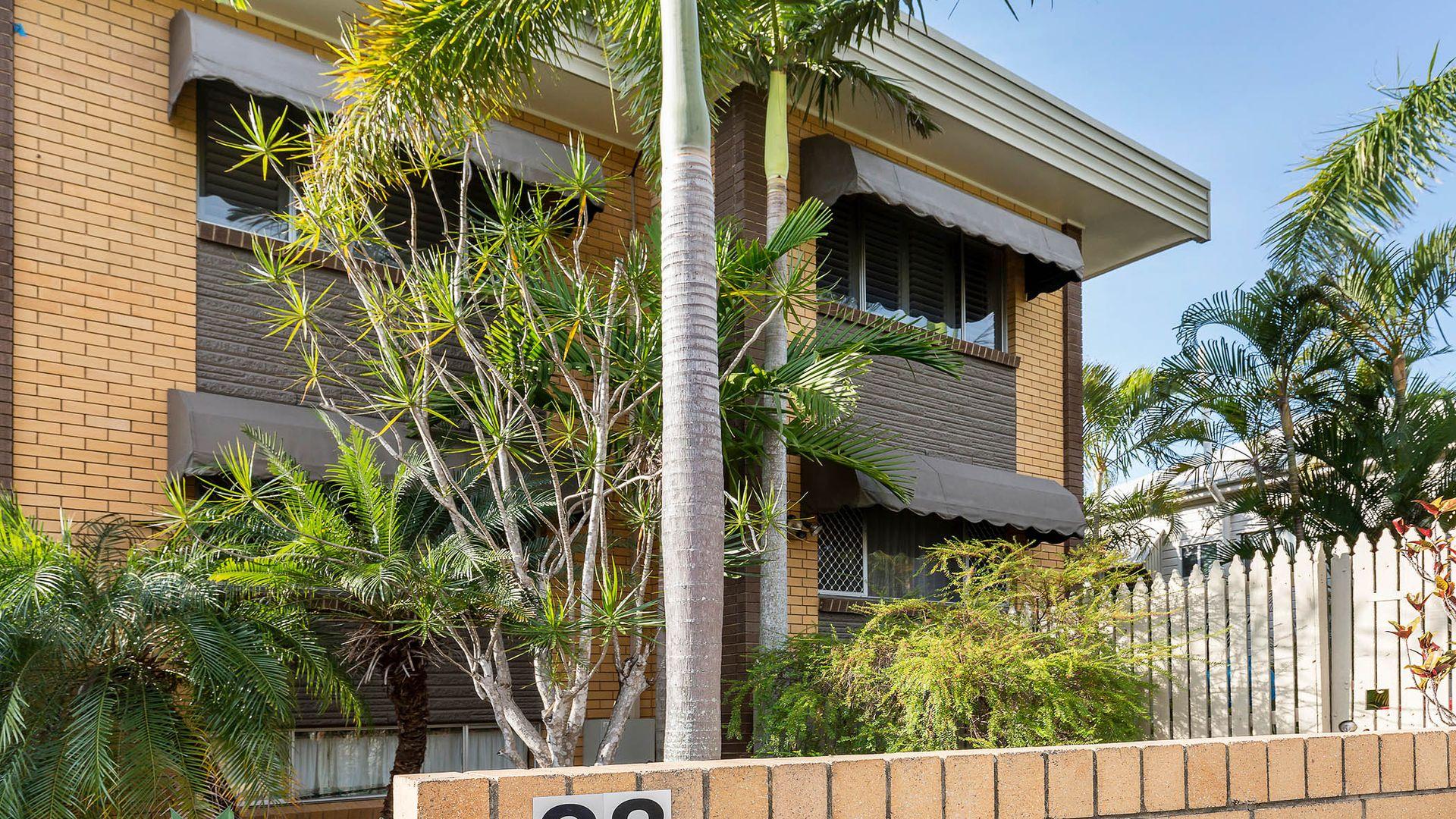 7/28 Kitchener Street, Coorparoo QLD 4151, Image 2