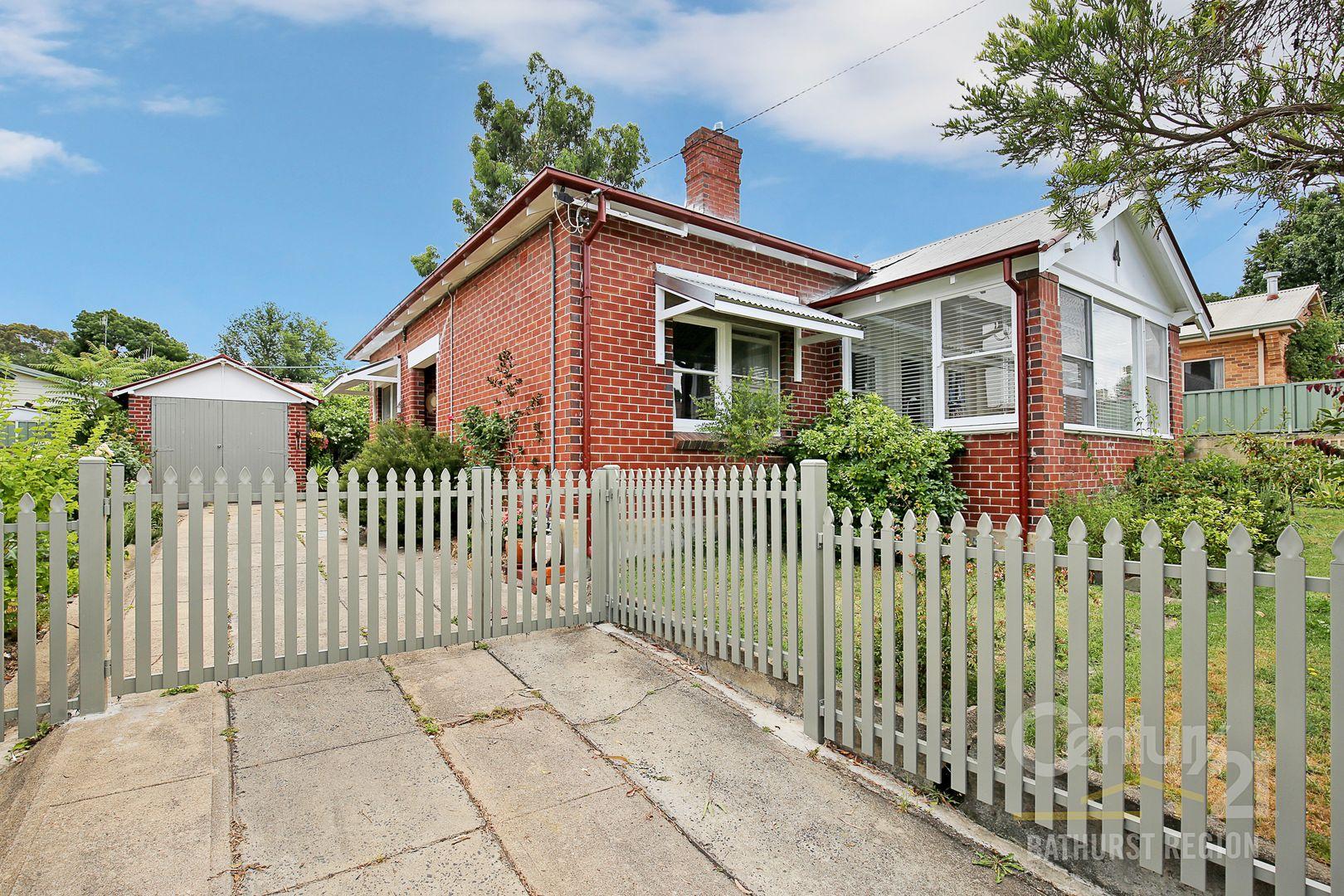 4 Clements Street, Bathurst NSW 2795, Image 0