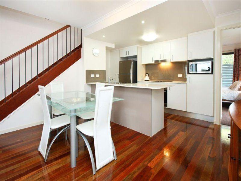 20/19 Baringa Street, Morningside QLD 4170, Image 2