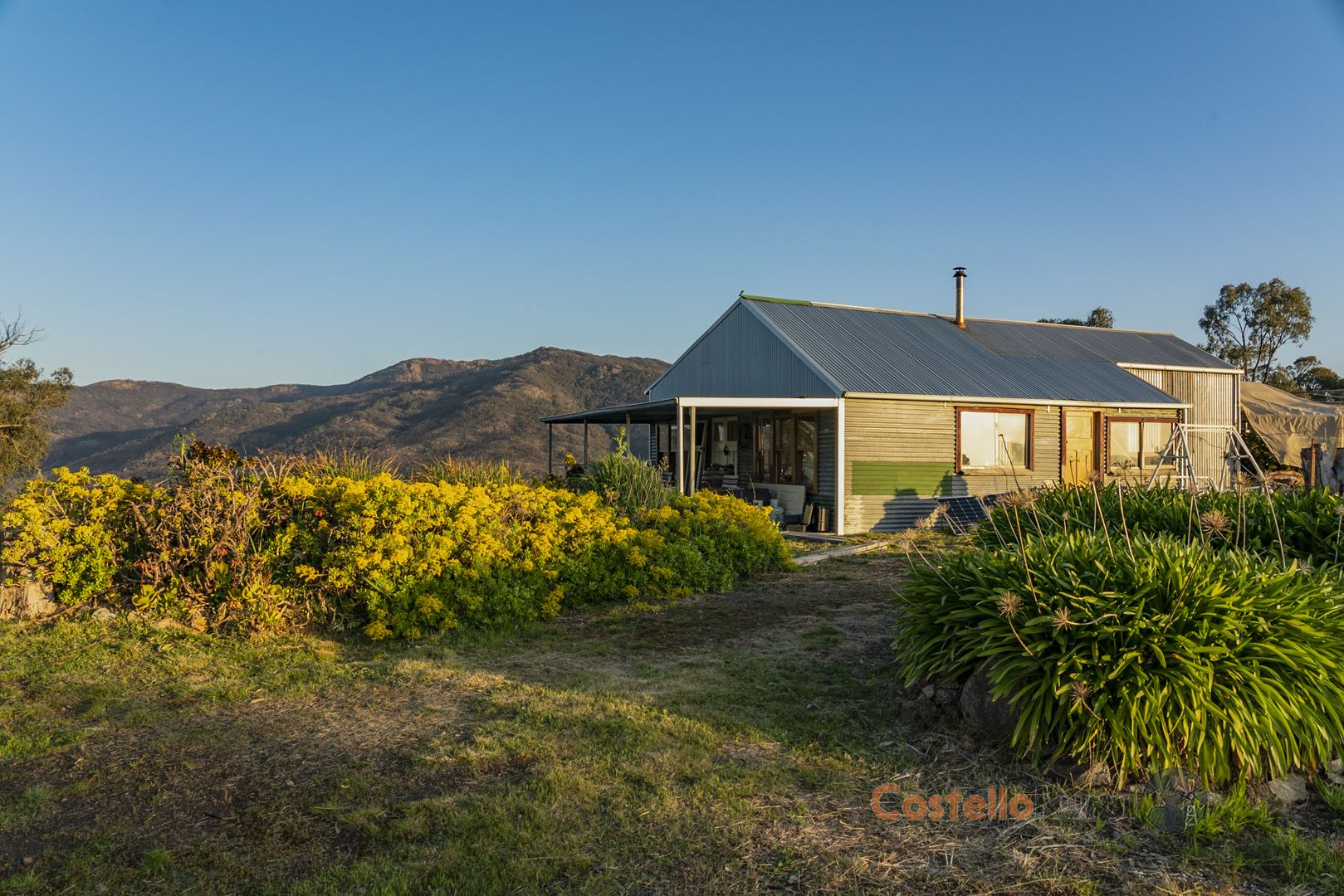 230 Eighty Acre Rd, Pine Mountain VIC 3709, Image 2