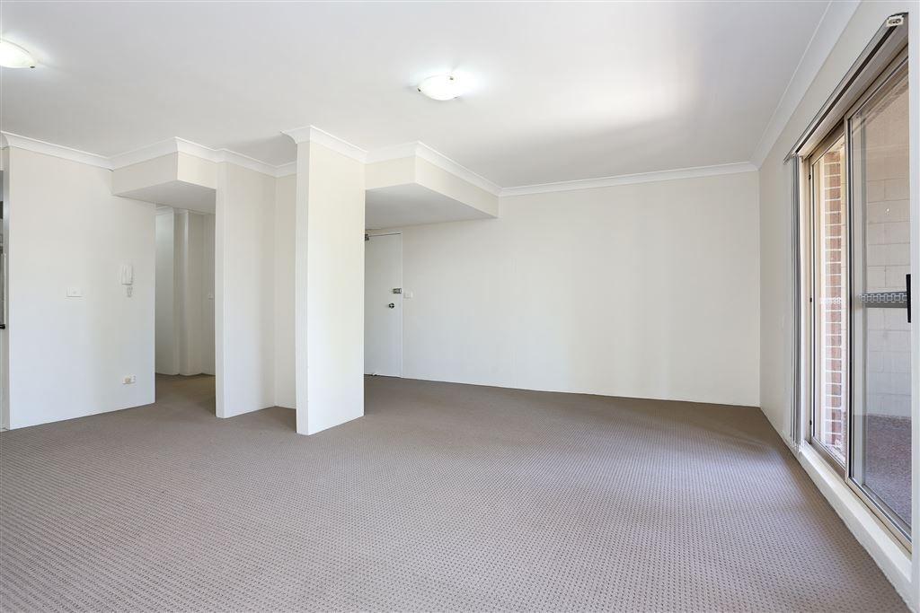 4/2-4 Fourth Avenue, Blacktown NSW 2148, Image 2