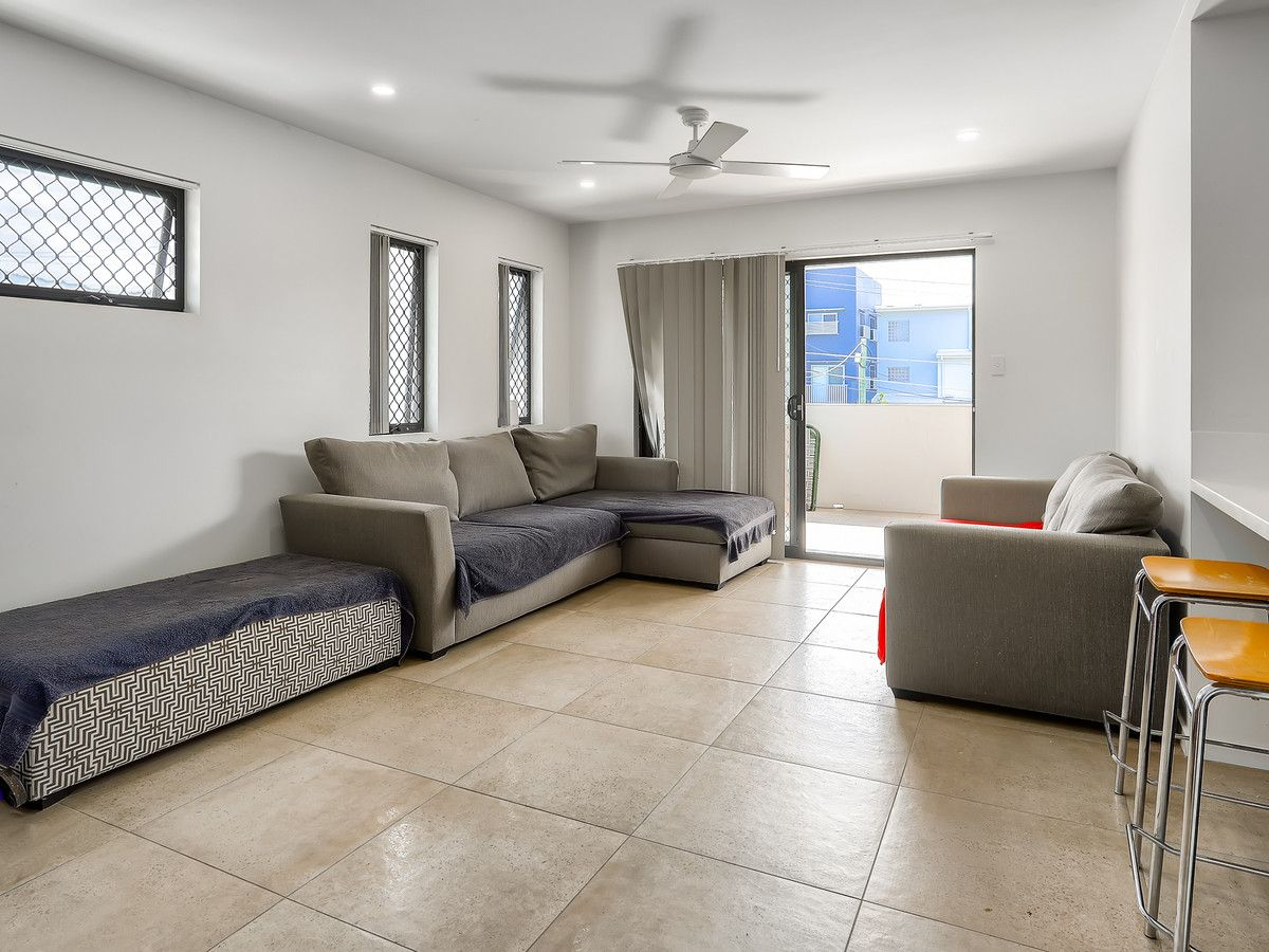 3/11 University Road, Mitchelton QLD 4053, Image 2