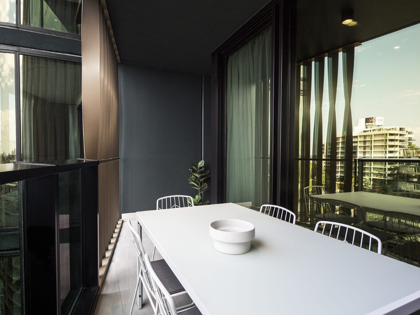 306/9 Christie Street, South Brisbane QLD 4101, Image 2