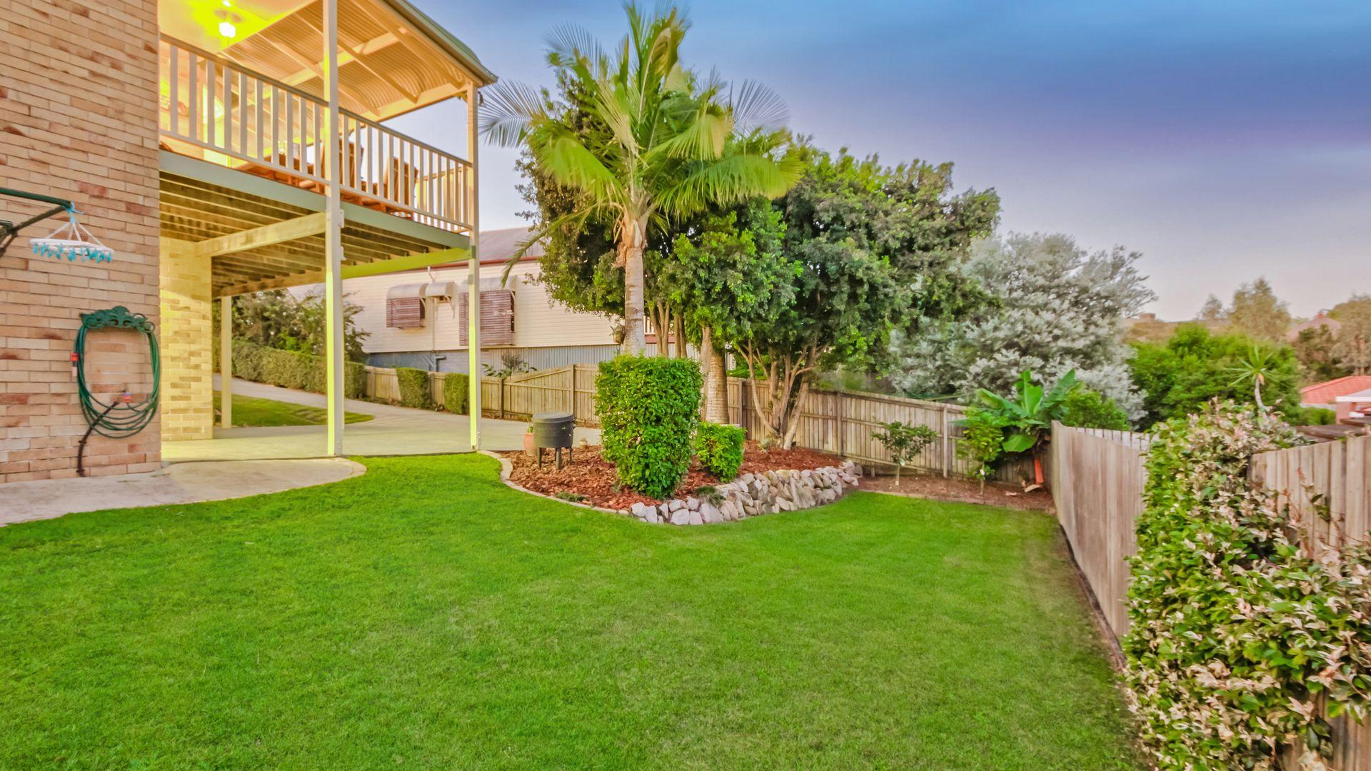 39 Hillenvale Avenue, Arana Hills QLD 4054, Image 1
