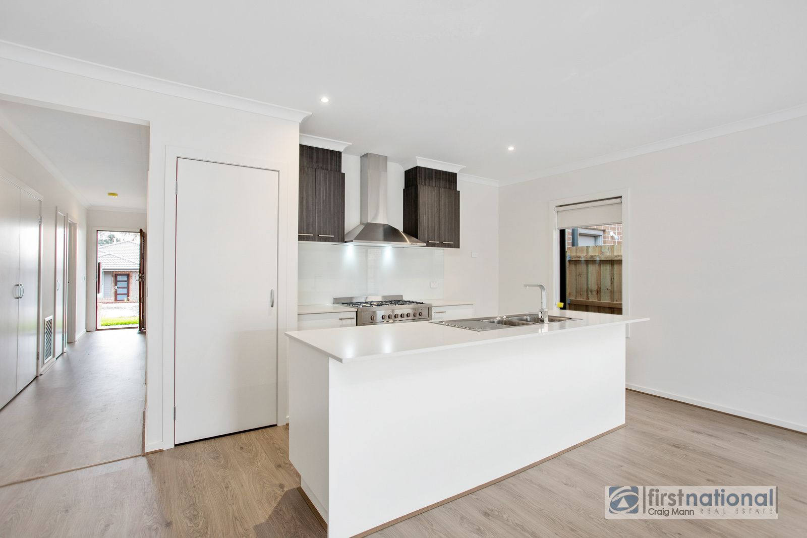 4 Seacombe Gve, Somerville VIC 3912, Image 1