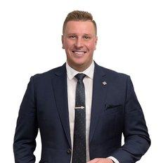 Dejan Hovancek, Sales representative