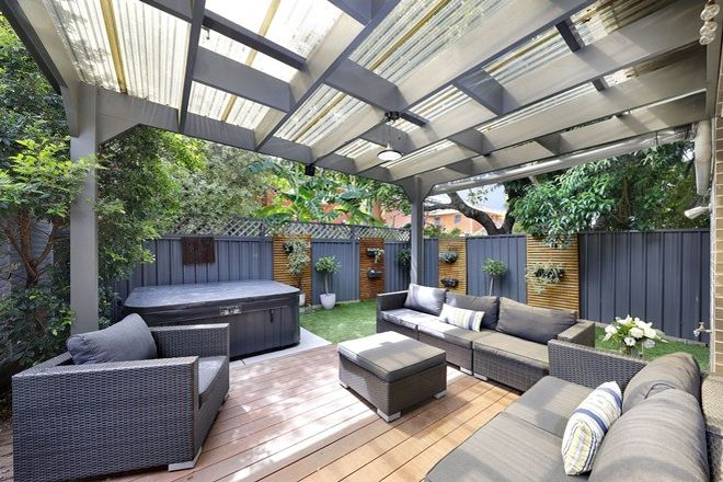 Picture of 2/137-139 Kingsway, WOOLOOWARE NSW 2230