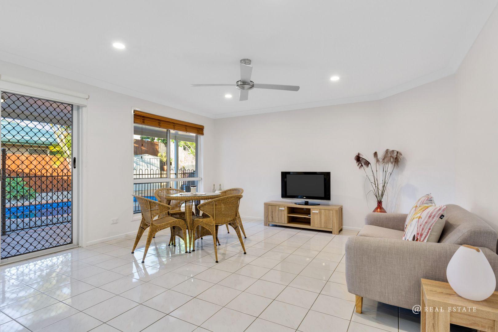 22 Clayton Road, Lammermoor QLD 4703, Image 2