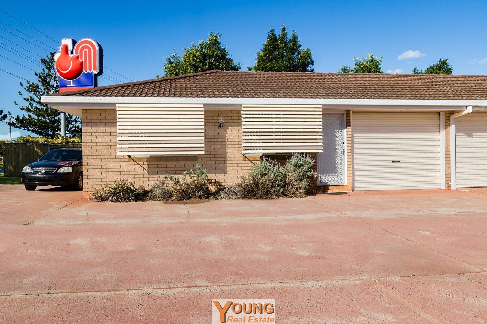 1/352A Bridge Street, Wilsonton QLD 4350, Image 0