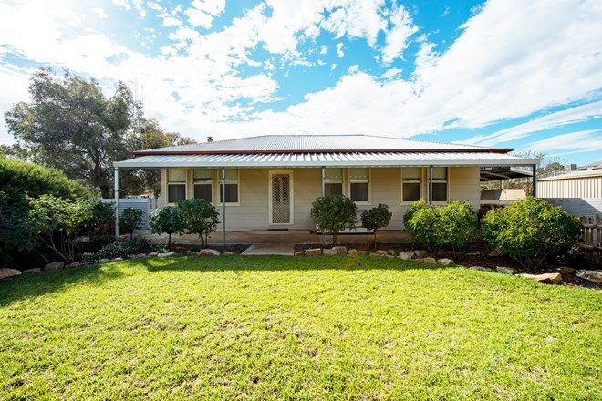 Picture of 1 Wiltshire St, JAMESTOWN SA 5491