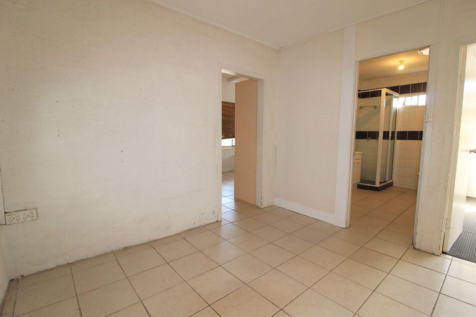 94 Simpson St, Mount Isa QLD 4825, Image 2