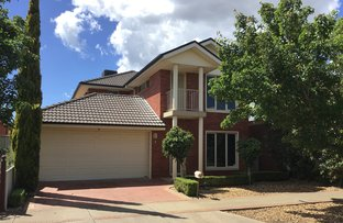 Picture of 5 Risley Close, Caroline Springs VIC 3023