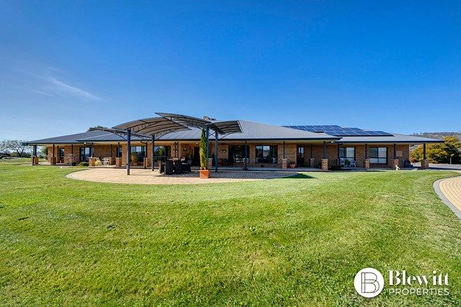Picture of 28 Beacon Place, GOOGONG NSW 2620