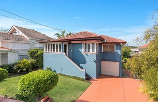 Picture of 20 Curlewis Street, Holland Park West QLD 4121