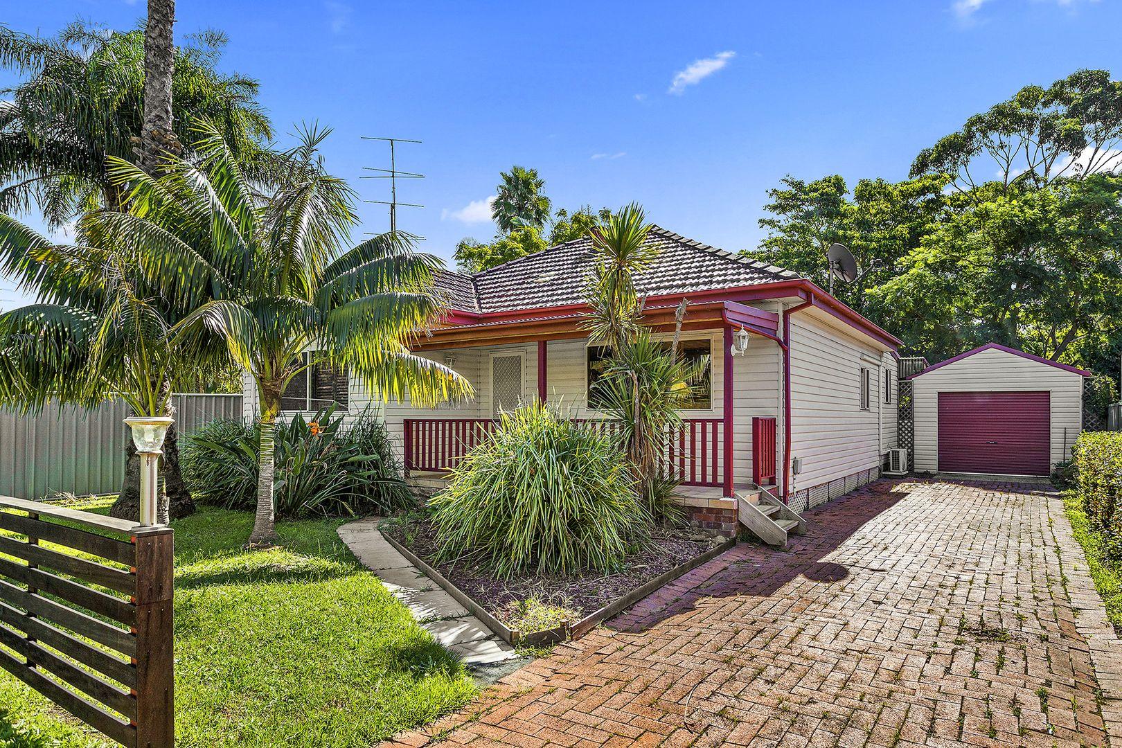 6 Graham Avenue, Gwynneville NSW 2500, Image 1