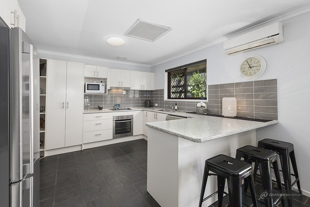 11 Brooks Road, Bray Park QLD 4500, Image 2