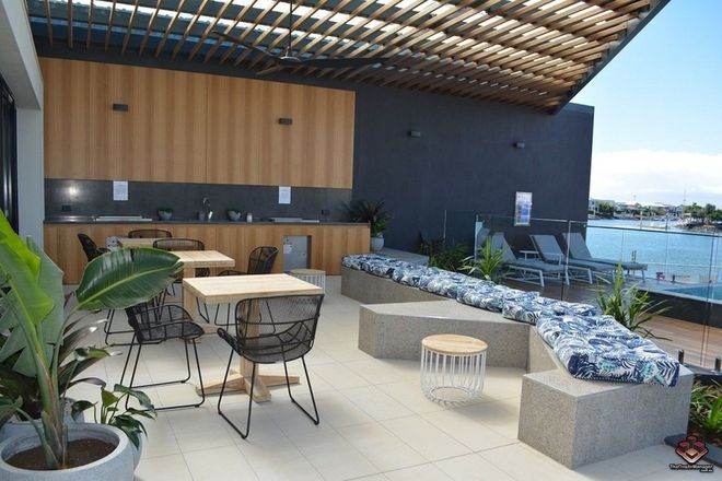 Picture of ID:3864941/20 North Quay Circuit, HOPE ISLAND QLD 4212