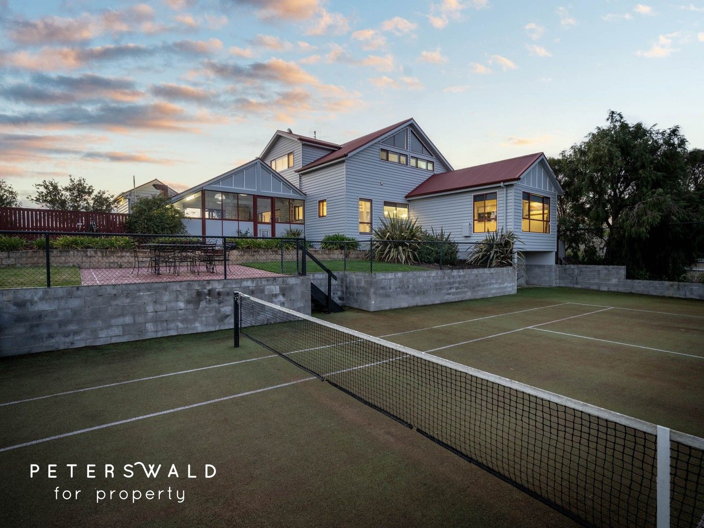 6 bedrooms House in 3188 South Arm Road SOUTH ARM TAS, 7022