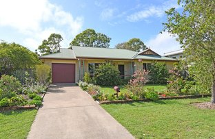 Picture of 28 Foreshore Drive, Urangan QLD 4655