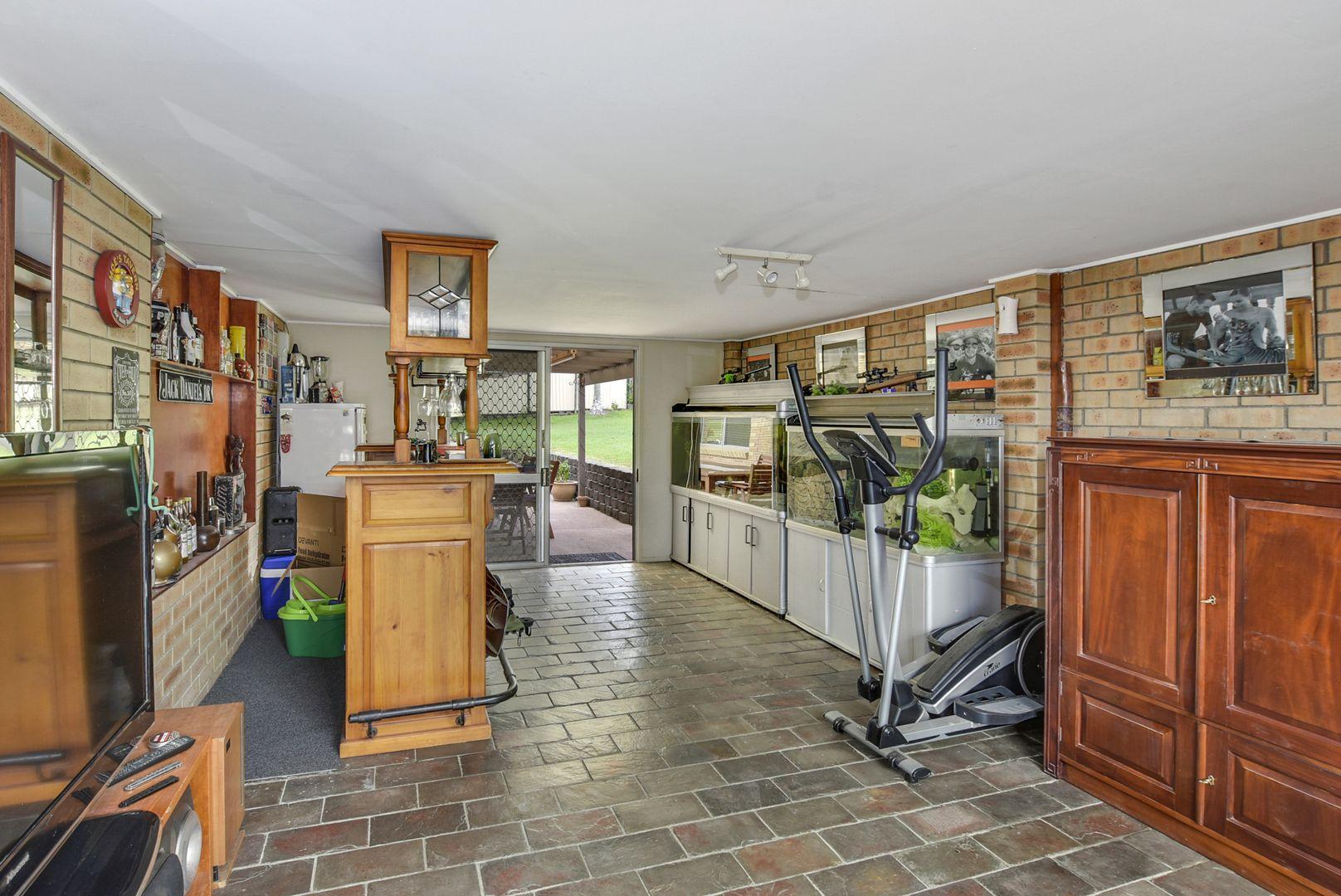 24 Raelene Terrace, Springwood QLD 4127, Image 2