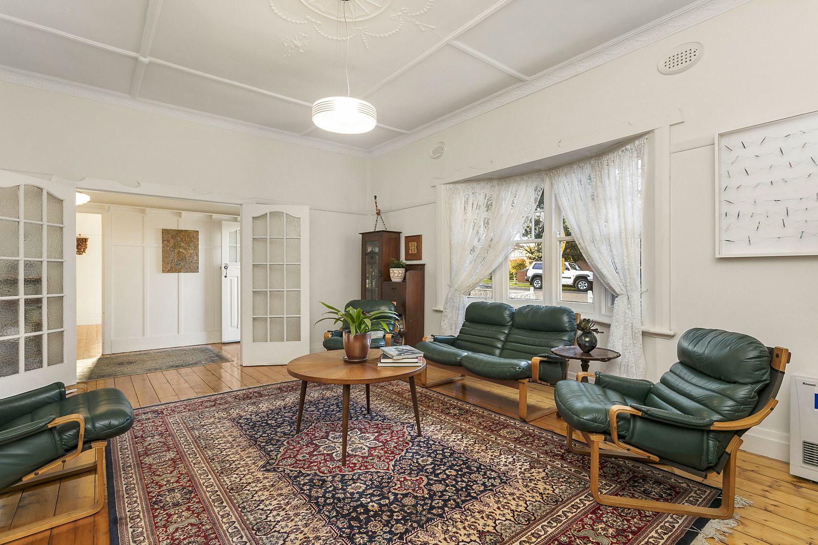 22 Clarendon Street, Coburg VIC 3058, Image 2
