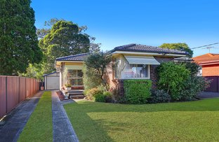 Picture of 2 Greenmeadows Crescent, Toongabbie NSW 2146