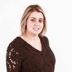 Vanessa Elias, Property Specialist