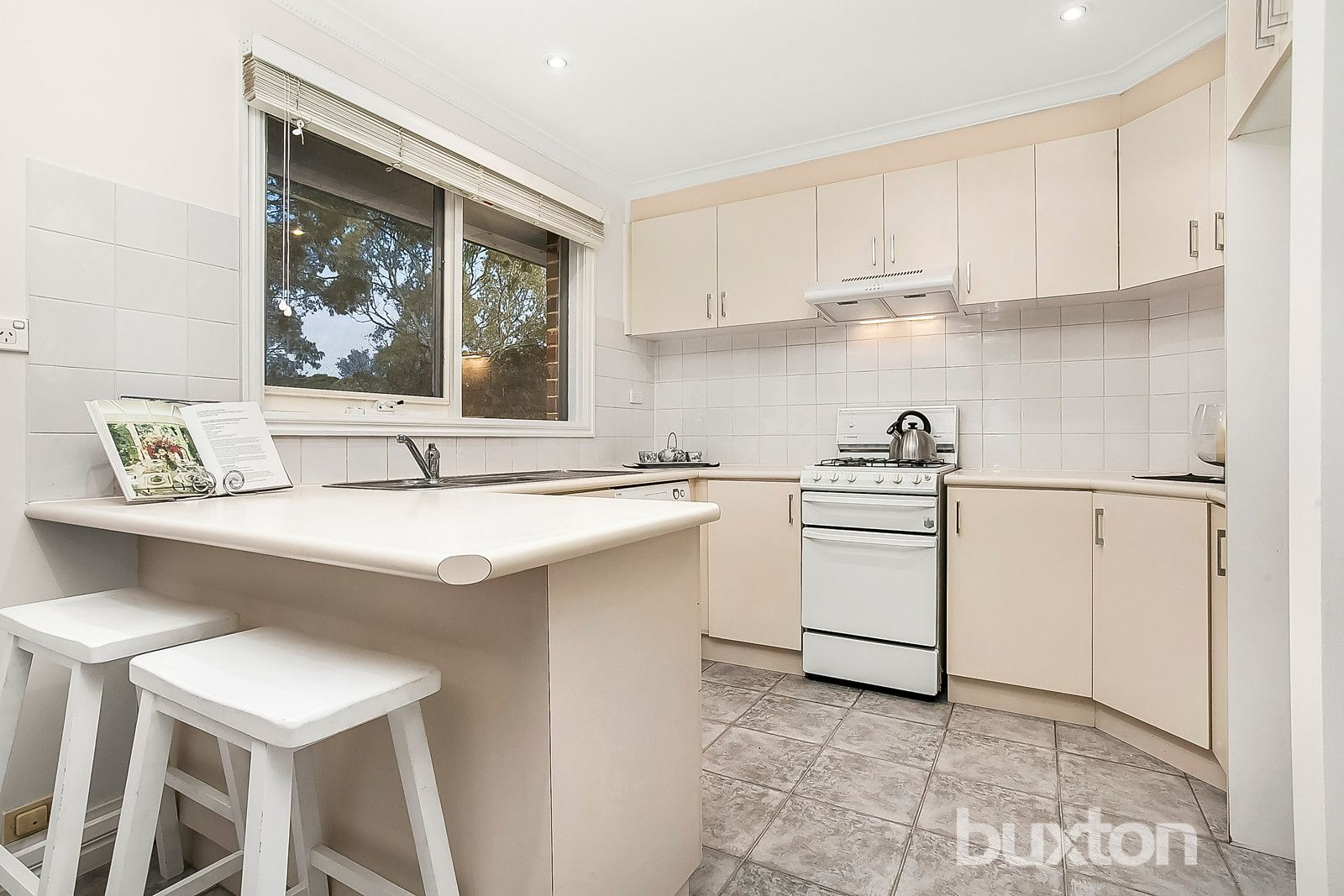 2/135 High Street Road, Ashwood VIC 3147, Image 2