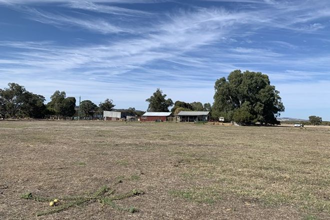 Picture of 153 MITCHELL ROAD, BENGER WA 6223