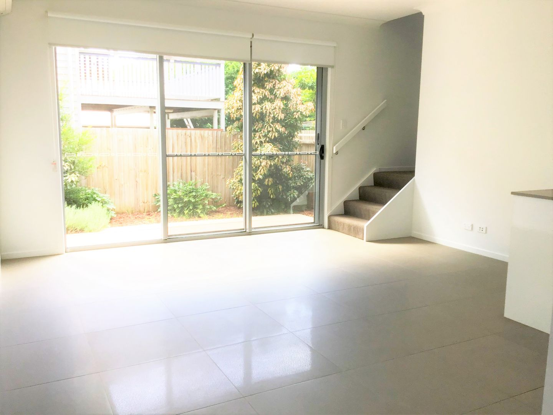 3/94 Flower Street, Northgate QLD 4013, Image 2