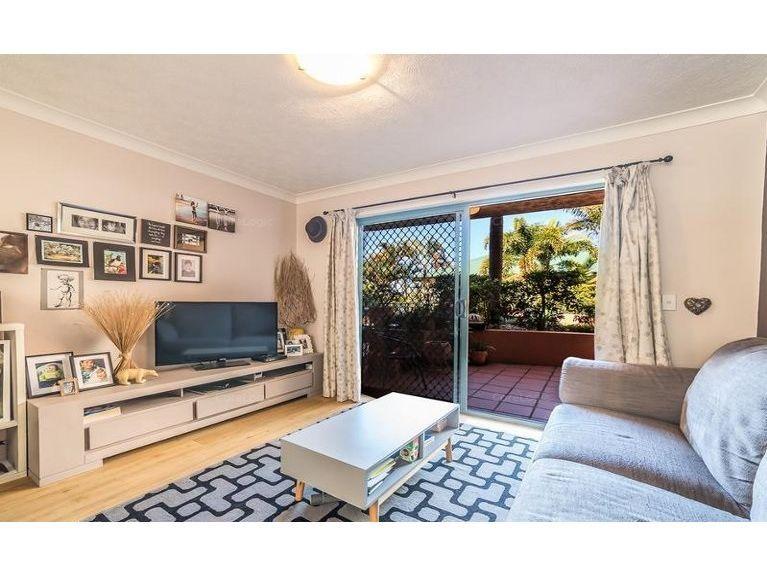 2/12 Gillian Lane, Southport QLD 4215, Image 1