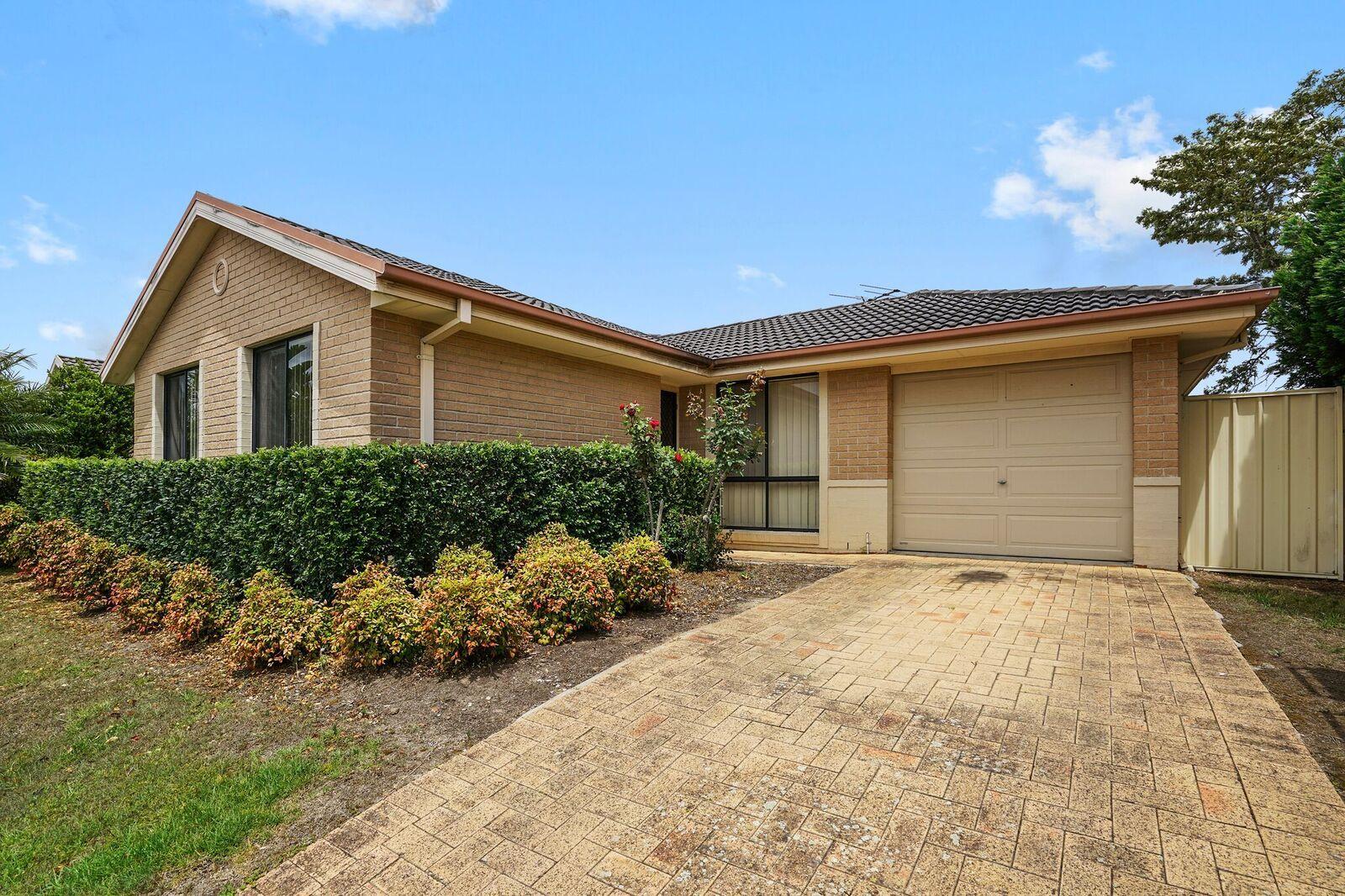 6 Bendtree Cove, Thornton NSW 2322, Image 0
