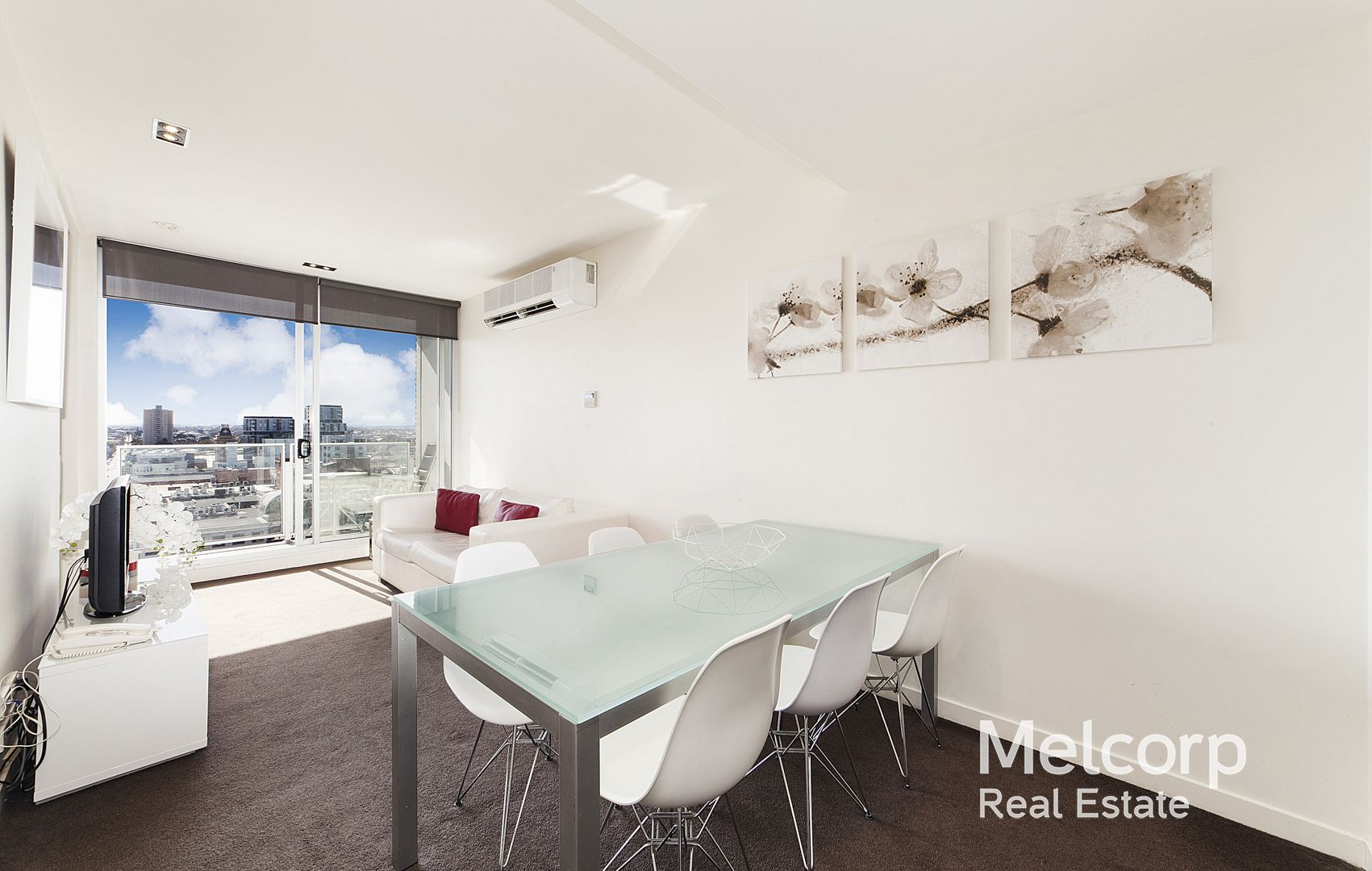 1012/162 Albert Street, East Melbourne VIC 3002, Image 2