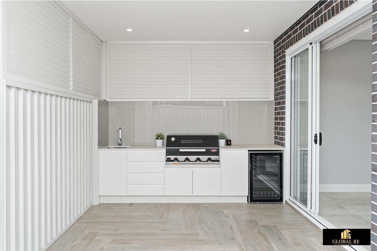 2A Harrington Street, Cabramatta West NSW 2166, Image 2