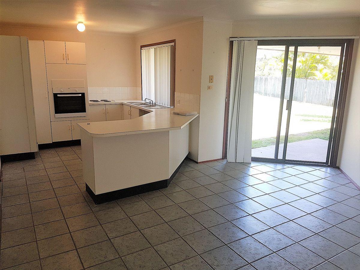 14 Tiley Court, Highland Park QLD 4211, Image 2