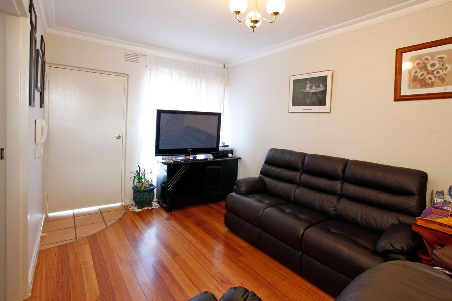 2/1312 Sydney Road, Fawkner VIC 3060, Image 2