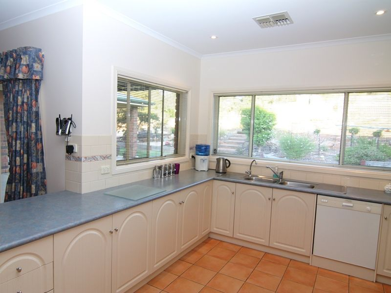 45 Wheatley Road, Loxton SA 5333, Image 2