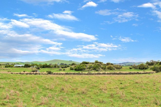 Picture of 130 Pearlys Road, DREEITE SOUTH VIC 3249