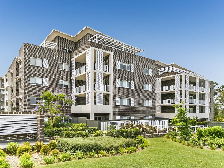 Level 1, 47/23 Regent Honeyeater  Grove, Kellyville NSW 2155, Image 2