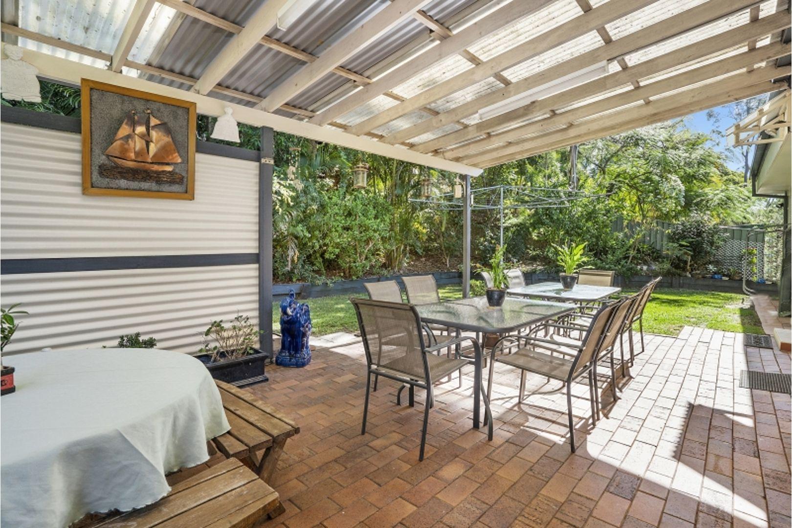 20 Yeerinbool Court, Arana Hills QLD 4054, Image 0