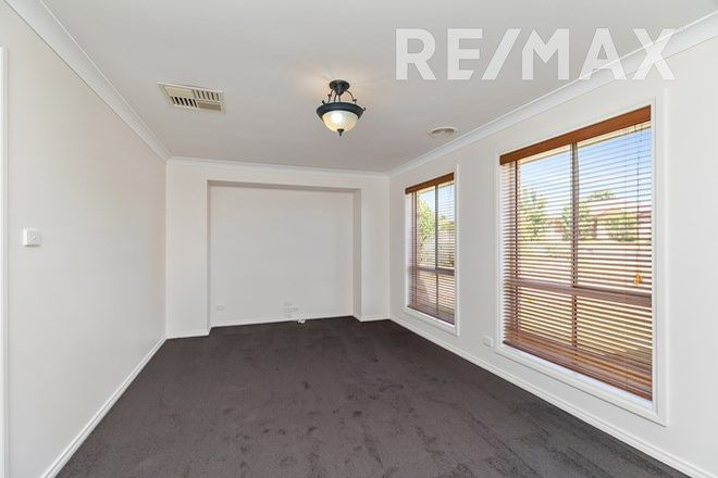 Picture of 9 Illeura Road, BOURKELANDS NSW 2650