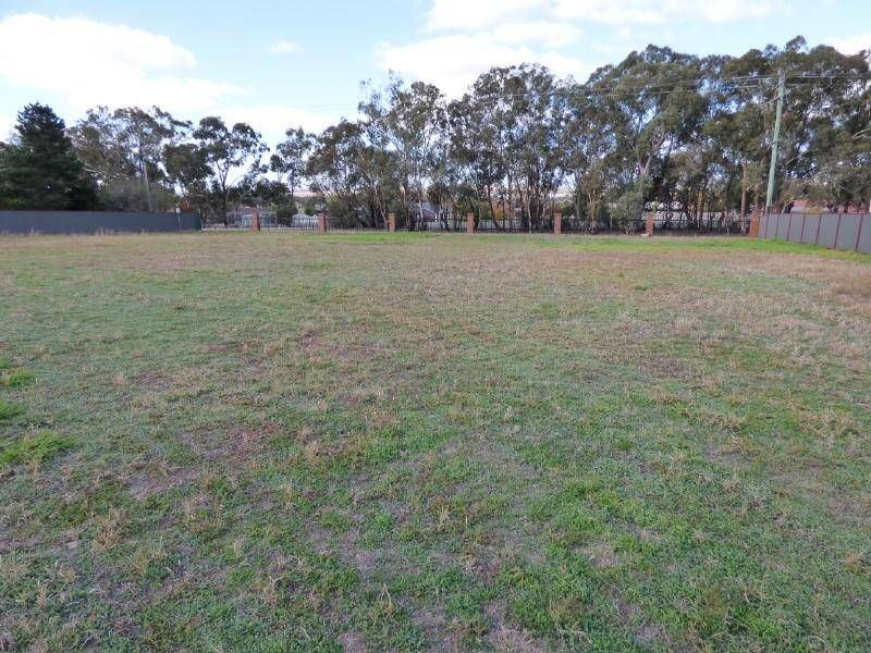12 Matilda Avenue, Cootamundra NSW 2590, Image 0