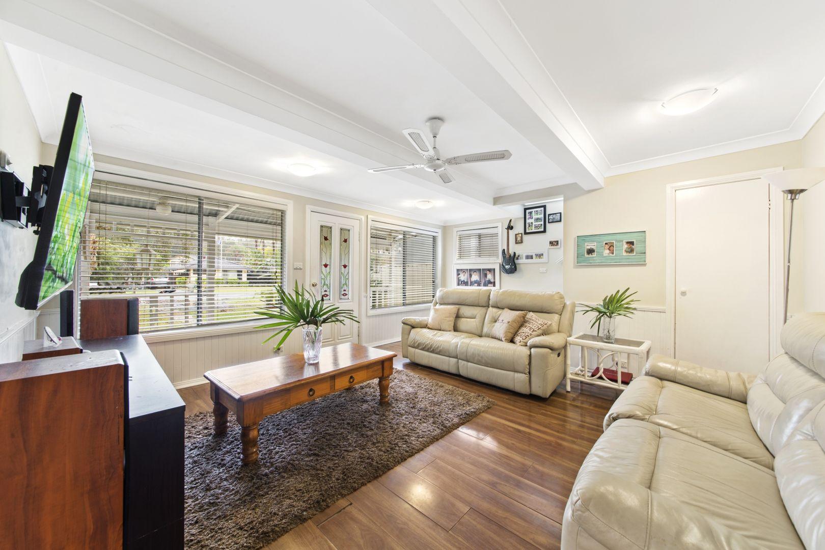 77 Dorothy Avenue, Woy Woy NSW 2256, Image 1