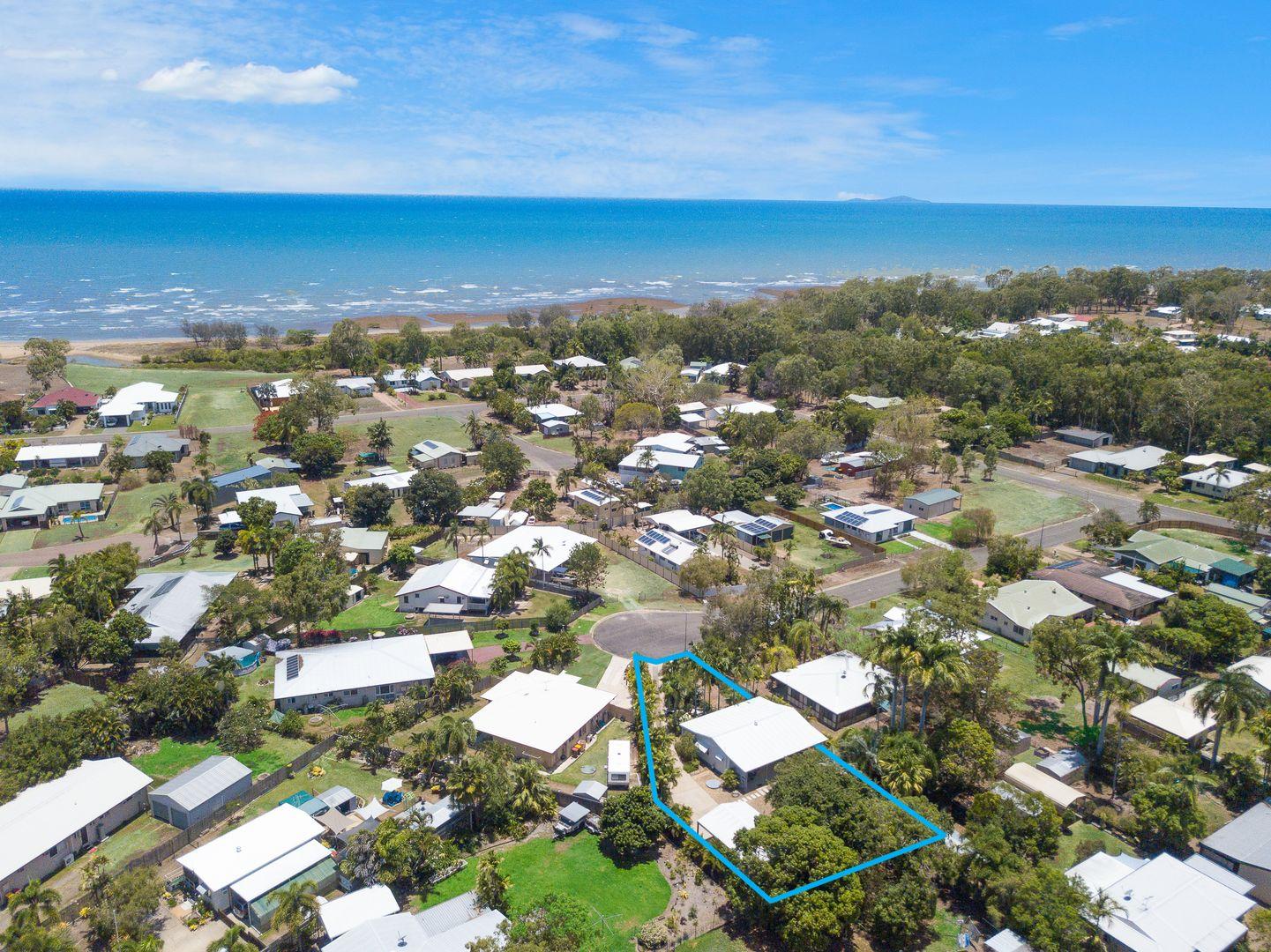 13 Fanning Court, Balgal Beach QLD 4816, Image 1