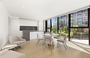 Picture of 11 Periwinkle Place, Armadale VIC 3143