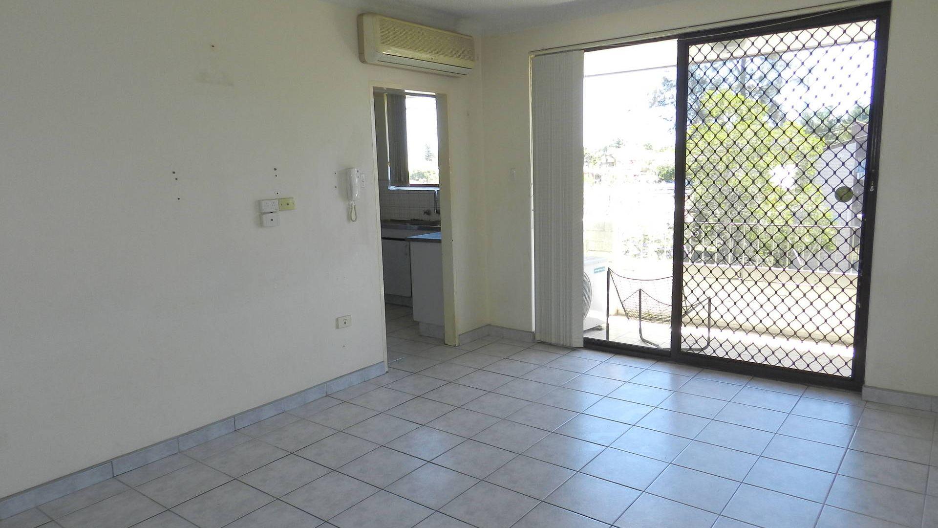 12/35-39 York St, Fairfield NSW 2165, Image 1